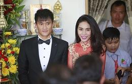 Công Vinh - Thủy Tiên rạng ngời trong ngày cưới