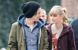 Taylor Swift bí mật quay lại với tình cũ?
