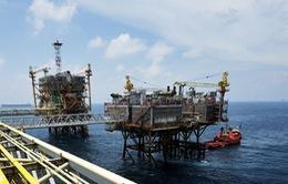Chuyện được – mất khi giá dầu giảm sâu