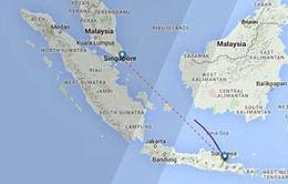 Thân nhân hành khách QZ8501khóc nấc ngóng tin