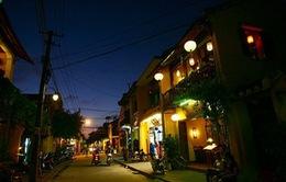 5 học sinh trả lại tài sản nhặt được trong đêm Noel cho Việt kiều