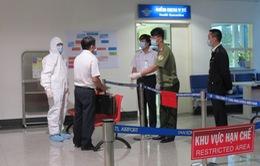 Hành trình từ vùng dịch về Việt Nam của bệnh nhân nghi nhiễm Ebola