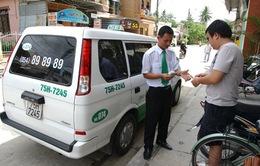 Hà Nội: Các hãng taxi đồng loạt giảm giá cước