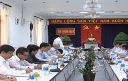 Đồng chí Đinh Thế Huynh làm việc với Ban Thường vụ Tỉnh ủy Ninh Thuận