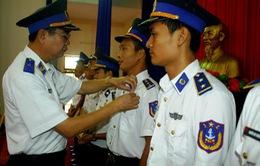 259 chiến sĩ CSB được trao tặng Huy hiệu Tuổi trẻ dũng cảm