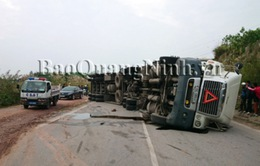 Khởi tố lái xe container đâm xe khách làm 6 người chết trên QL18