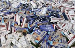 Bắt 3 đối tượng dùng xuồng tốc độ cao vận chuyển 80.000 bao thuốc lá lậu