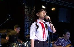 Giọng hát Việt nhí - Liveshow 2: Cô bé khiếm thị lắng đọng trong ca khúc về mẹ