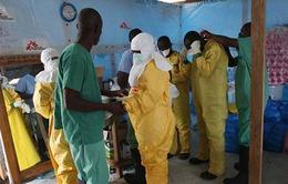 Thêm 2 bệnh nhân được điều trị khỏi Ebola