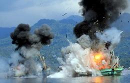 Indonesia phá hủy 2 tàu cá Thái Lan