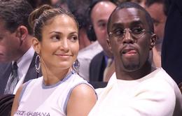 Giám khảo American Idol lần lượt hẹn hò với... các tình cũ