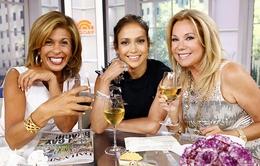 Jennifer Lopez thích thú với cuộc sống độc thân