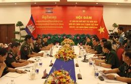 Việt Nam luôn ủng hộ quân đội Campuchia xây dựng và bảo vệ đất nước
