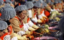 Hàn Quốc: 250 tấn kim chi cho người nghèo