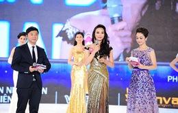 Tân Hoa hậu Việt Nam căng thẳng trong phần thi ứng xử