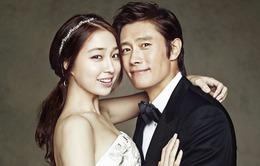 Vợ Lee Byung Hun về nước, đối diện scandal chồng ngoại tình