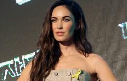 Megan Fox bị dị ứng vì Bắc Kinh quá ô nhiễm?