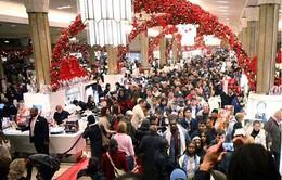 Mỹ: Người Mỹ đổ xô đi mua sắm cho kỳ nghỉ
