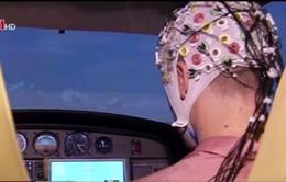 Phát triển công nghệ điều khiển máy bay bằng não bộ