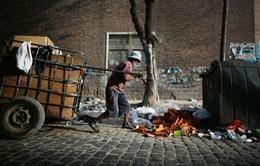 Argentina đối diện nguy cơ gia tăng nghèo đói