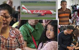 Thân nhân hành khách MH370 vàQZ8501 động viên lẫnnhau