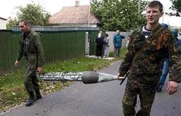 Một tháng sau thỏa thuận ngừng bắn, Ukraine vẫn rền tiếng súng