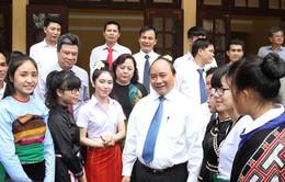 Phó Thủ tướng Nguyễn Xuân Phúc dự khai giảng trường hữu nghị Việt - Lào