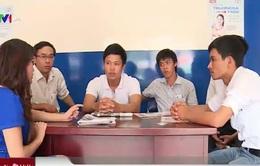 """4 phóng viên bị hành hung khi phản ánh nạn """"cát tặc"""""""