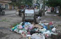 """Hà Nội sống chung với rác """"lộ thiên"""""""
