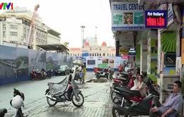 TP.HCM: Hộ kinh doanh điêu đứng khi rào đường làm tuyến metro