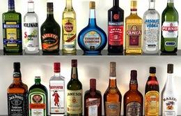 Nghệ An: Phá đường dây sản xuất rượu ngoại giả