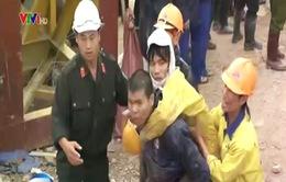 Cận cảnh giây phút đầu tiên giải cứu12 nạn nhân vụ sậphầm thủy điện