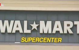 Walmart bị cáo buộc bán đắt Coca Cola cho người dùng New York
