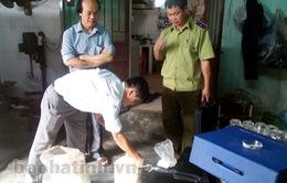 Hà Tĩnh tiêu hủy 15kg phụ gia chế biến giò chả