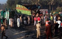 Pakistan: Tai nạn xe bus, 50 người thiệt mạng