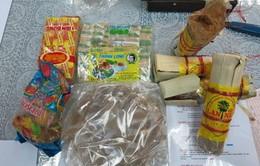 Bắt giữ lô hàng tiền chất ma túy đá giấu trong đường thốt nốt
