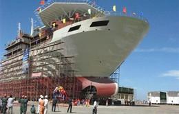 Hợp đồng vay đóng tàu dịch vụ đầu tiên được ký