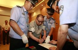 """Chiến dịch """"Săn cáo"""" bắt hơn 300 quan chức Trung Quốc"""