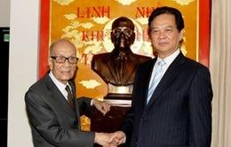 Thủ tướng chúc thọ Giáo sư Vũ Khiêu