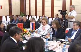 Phó Chủ tịch Quốc hội Tòng Thị Phóng tiếp Chủ tịch Quốc hội Liên bang Nga