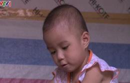 Bé 3 tuổi mong tiếp tục được giúp đỡ để phẫu thuật tim