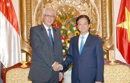 Thủ tướng tiếp cựu Thủ tướng Singapore