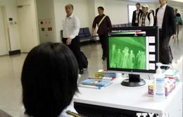 Thêm ba hành khách trở về từ vùng dịch Ebola bị cách ly