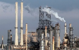 Sự kiện kinh tế quốc tế nổi bật trong tuần: Giá dầu giảm kỷ lục