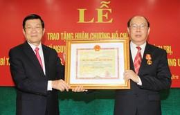 Trao Huân chương Hồ Chí Minh cho đồng chí Nguyễn Văn Chi