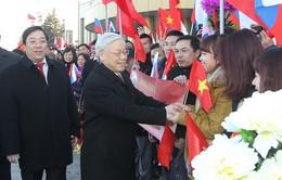 Tổng Bí thư gặp gỡ và nói chuyện với cộng đồng người Việt tại Moscow