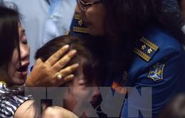 Thi thể nạn nhân QZ8501 được tìm thấy khi đang nắm tay nhau