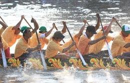 Sóc Trăng: Tưng bừng giải đua ghe ngo lễ hội Ok-Om-Bok
