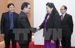 Phó Chủ tịch Quốc hội tiếp đại biểu thanh niên Lào và Campuchia