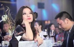 Triệu Vy làm bà mối cho Vương Phi - Tạ Đình Phong tái hợp
